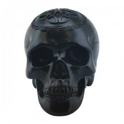 Schwarzer Totenkopf mit Symbolen