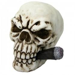 Totenkopf mit Zigarre